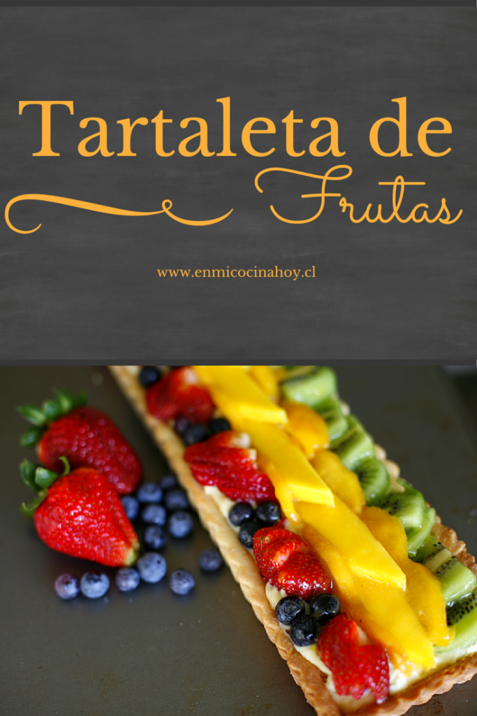 La tartaleta de frutas es un clásico en Chile, durante el verano es mi postre favorito. Pueden variar las frutas a gusto. Una receta deliciosa.