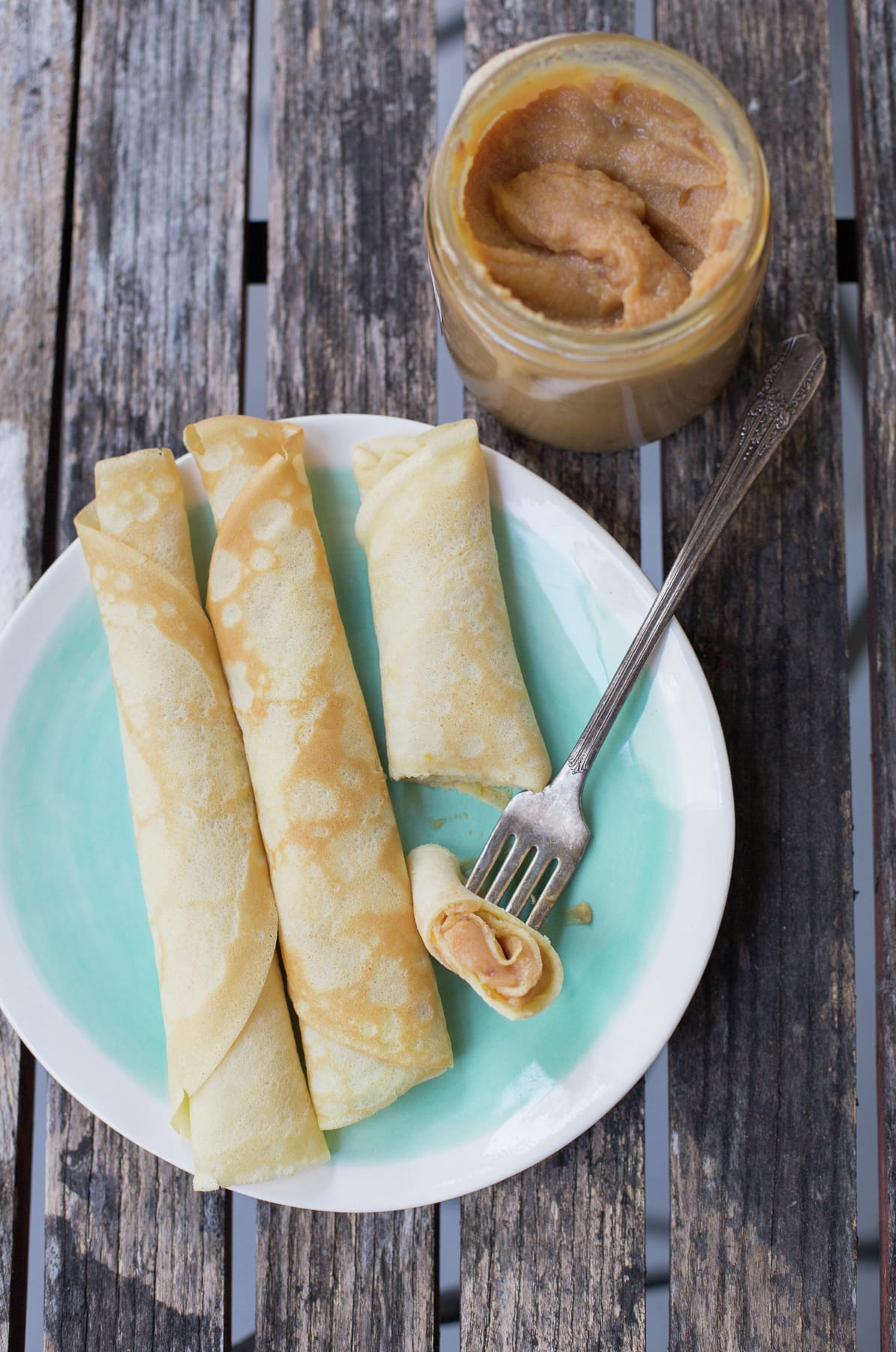 Chilean crepes with Dulce de Leche | En Mi Cocina Hoy